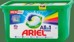 Ariel gelové kapsle Touch of Lenor Color 33PD